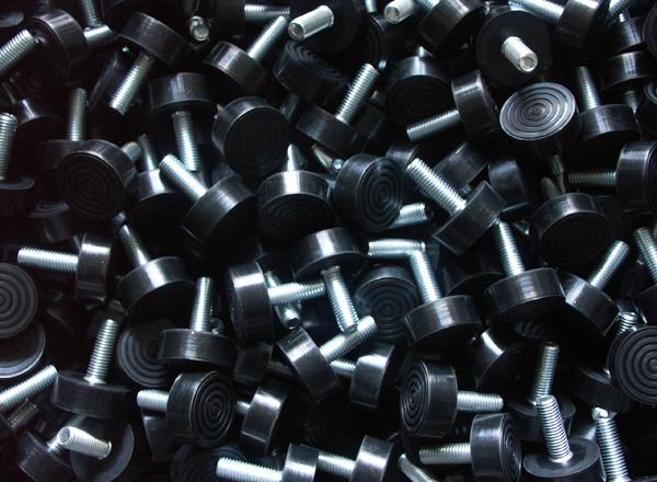 wyroby i artykuły gumowo-metalowe